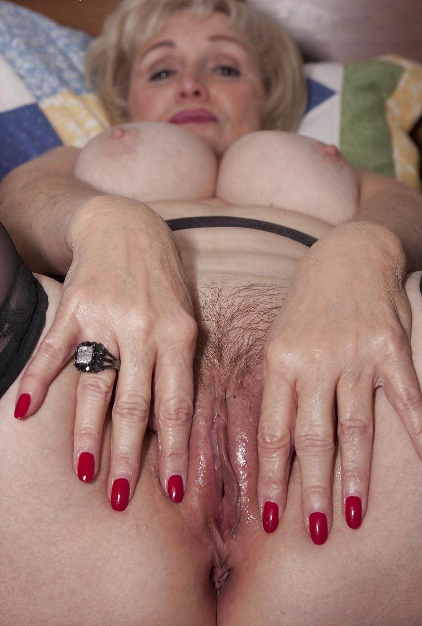 gorda y tetona suegra rubia