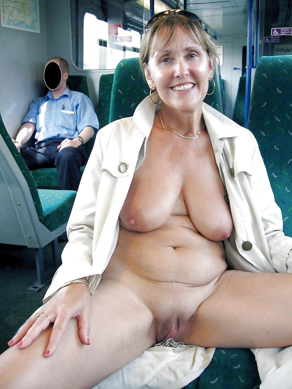 Profesora desnudos publicos