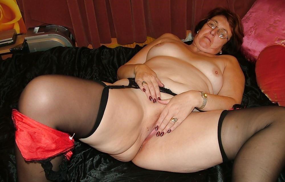 linea erotica abuelas